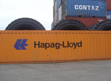 Tyre transportation by ship. Container 40 OT